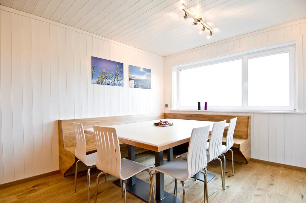 house design semi-detached-house-plan-ch9d 17
