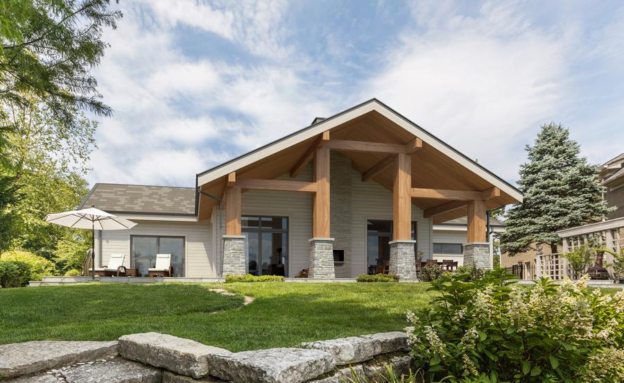modern-farmhouses_003_house_plan_447CH.jpg
